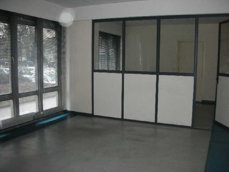 BUREAU-COMMERCE LE PUY EN VELAY - 81 m2 1/4
