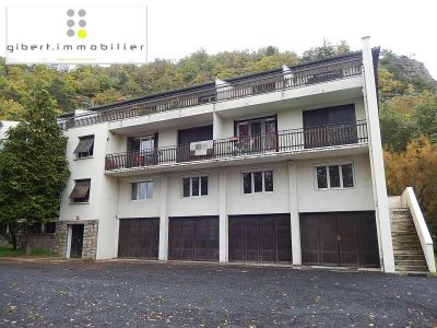 COMMERCIAL LE PUY EN VELAY - 63.85 m2