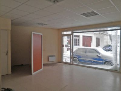 COMMERCIAL COSTAROS - 30 m2 2/3