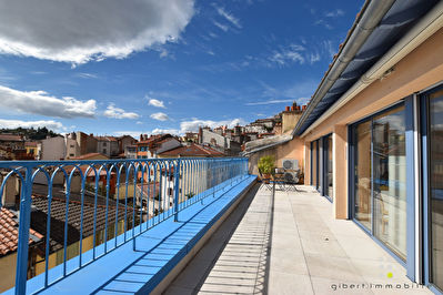 EXCEPTIONNEL: Appartement Le Puy En Velay  117 m2 + terrasse, ascenseur